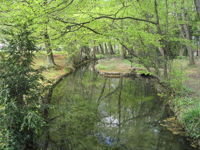 canal parc de la Poya Fontaine