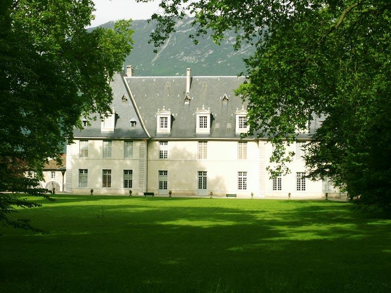 chateau de Sassenage - Cours arrière