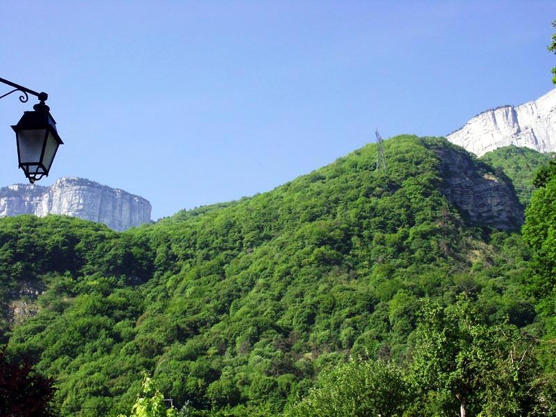 falaise du Vercors depuis le village