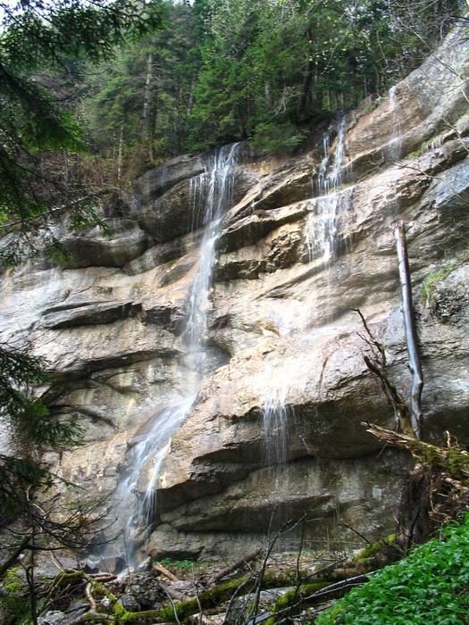 cascade Eyrard