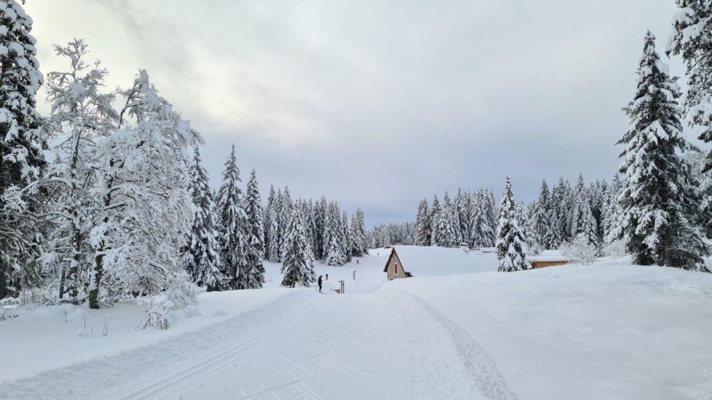 refuge Gève neige piste ski fond