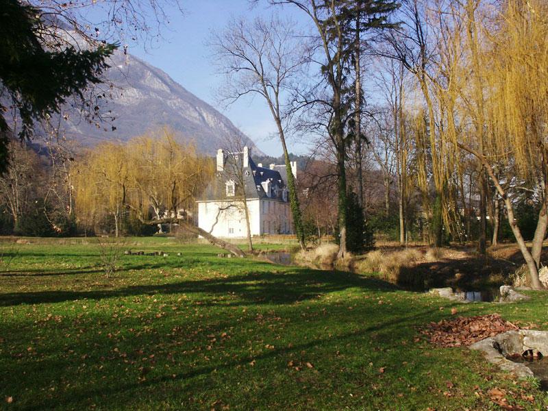 Saule pleureur - Canal - Parc château de Sassenage